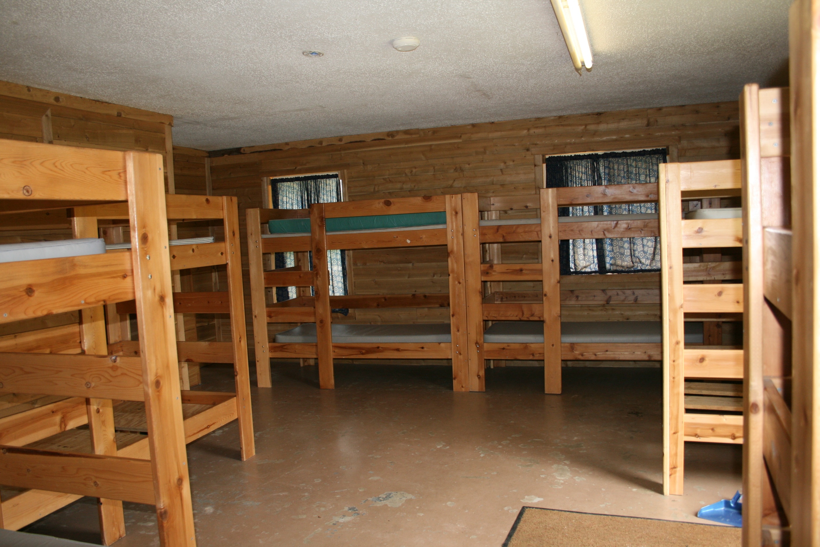 Housing Summer camp cabins